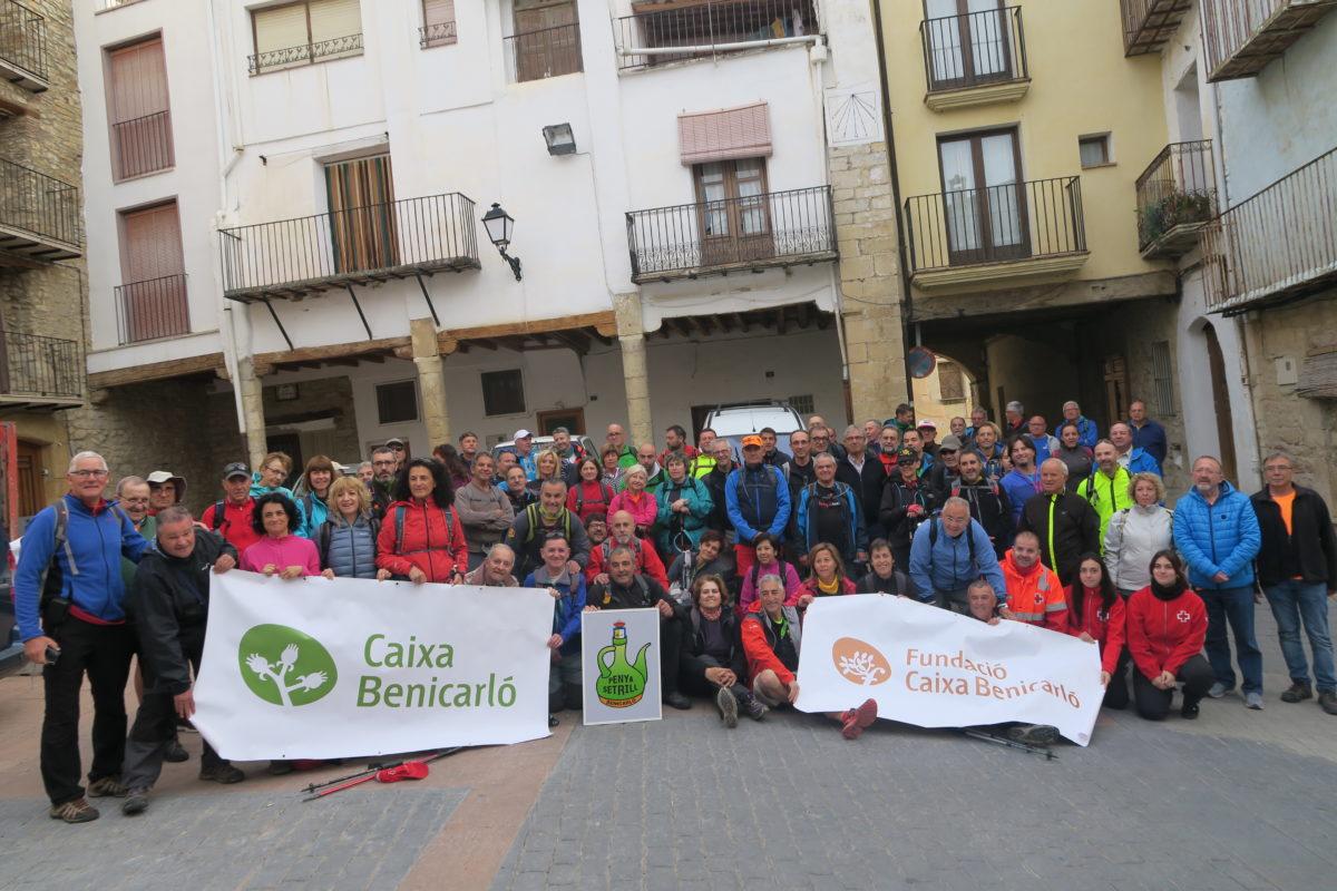Al costat de la Penya Setrill en la Marxa Benicarló-Xert-Morella